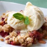 strawberry rhubarb crunch